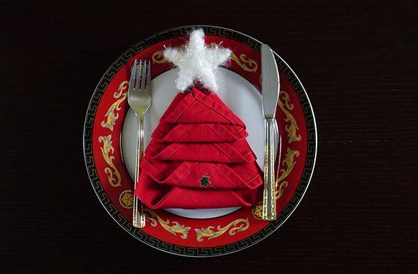 διπλώματα πετσέτας για γιορτινά τραπέζια